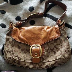 Beautiful Beige Coach Shoulder Handbag